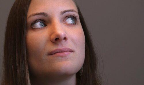 Trądzik na twarzy – co jest jego przyczyną?