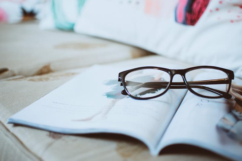 Prezbiopia - jakie okulary wybrać do czytania
